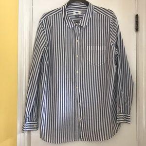 Old Navy grey white striped shirt